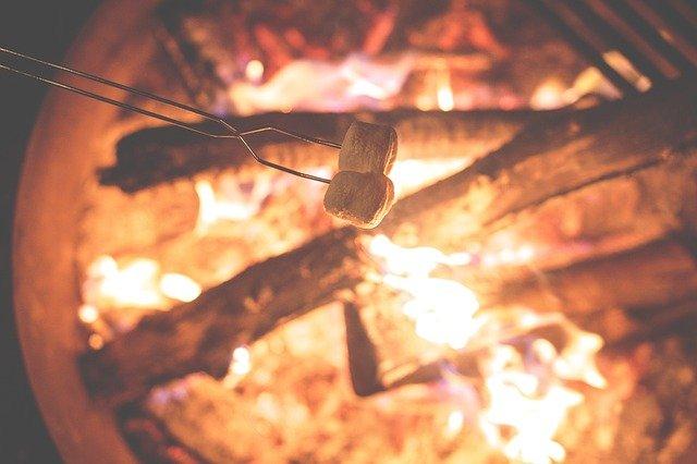 marshmallow campfire